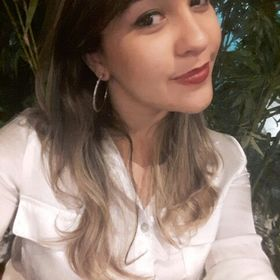 Luiza Correia