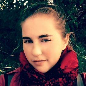 Lucie Šrollerová