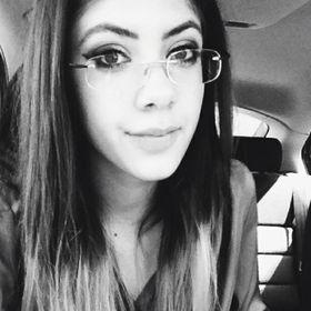 Alexis Smile