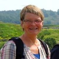 Bente Holm