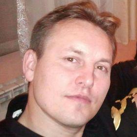 Paweł Nienartowicz