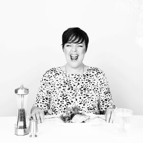 Stephanie Dodier   Weight Loss Coach + Emotional Eating Expert