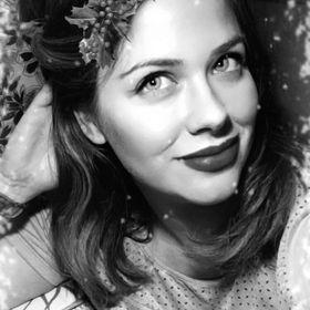 Paula Coulombe