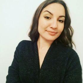 Nadia Timoleon