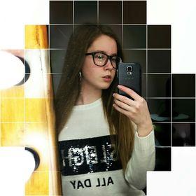 girl_online