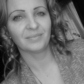 Ilona Tóth Sz