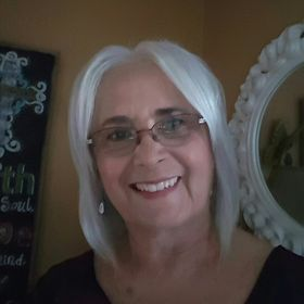 Lois Cirrincione