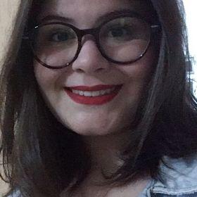 Julia Loureiro de Oliveira