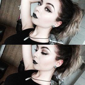Christina Sixer