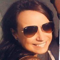 Chrissie Kleine Feder