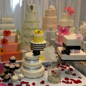 Fabulous and Faux Wedding Cakes