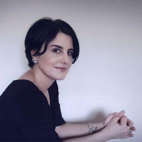 Virginia Zuloaga