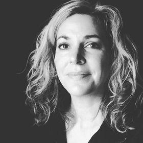 Karla Archer | Living the Life Fantastic