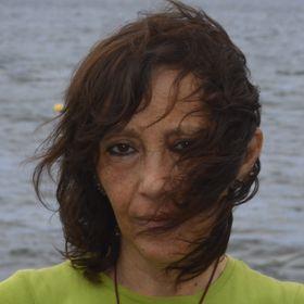 Claudia San Miguel
