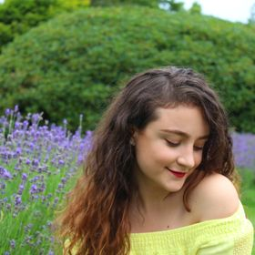 Milena Paraschiv