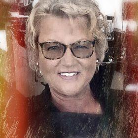 Carolyn Rhyno-Delorey