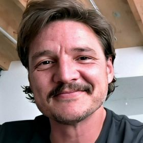 Pedro Pascal - Unofficial