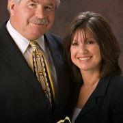 Joe & Linda Szabo - RE/MAX Fine Properties