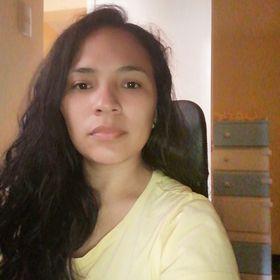 Angie Garay Bustinza