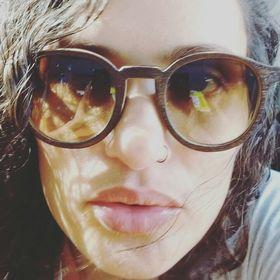 Polly Barros