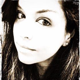 Amanda Grell