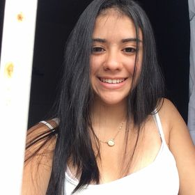 Giovana Carvalho Almeida