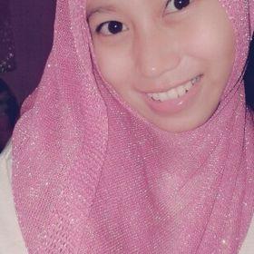 Riana Nur Alam