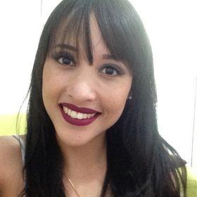 Elizandra Oliveira