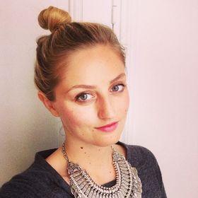Melanie Nanie Simon