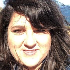 Lisa Genosky