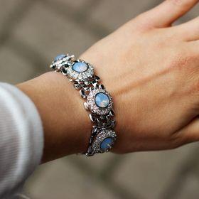 Lolu Rhoda Jewelry