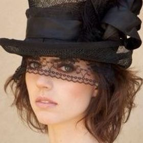Lacy Top Hat