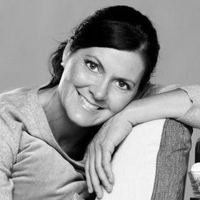 Anette R. Gundersen
