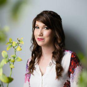 Sarah Stone / cleanline studio