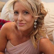 The Bridal Hair Artist