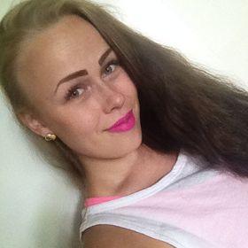Elina Auvinen