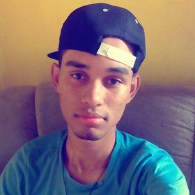 Everson Dias