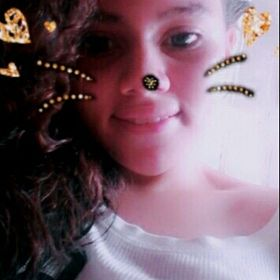 Gabriela Delhgams