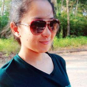 Phim Pha Chee