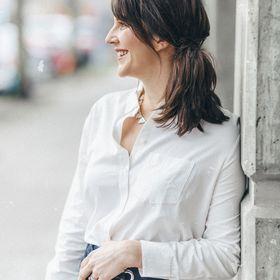 Katie Anthony | Funny Feminist Blogger & Podcaster
