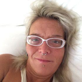Brenda L Godin
