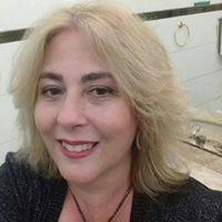 Claudia F. Nardi