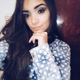 Flavia Ferreira (annaflaviafer) no Pinterest 7fc806ac93