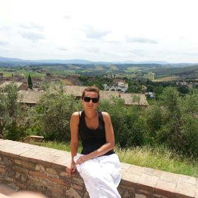 Livia Smuk