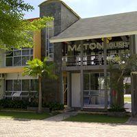 Maton House