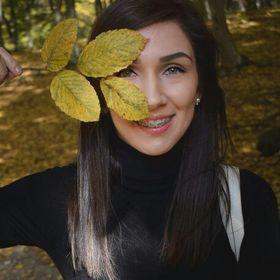 Adriana Trif