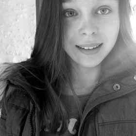 Zoe Piret