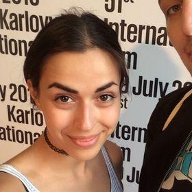 Nicole Karráová