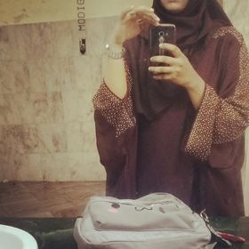 Dr.Fauzia ( فوزية ) Azmi