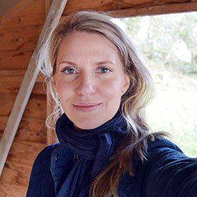 Tanya at Lovely Greens // organic gardening, soap making, and natural DIYs